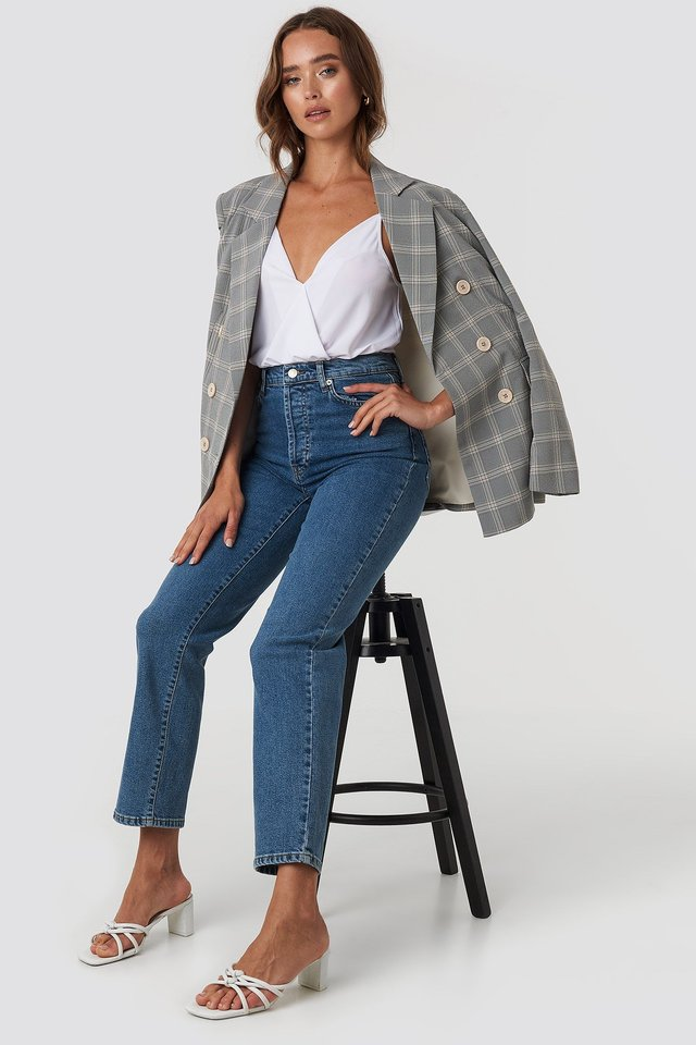 Straight High Waist Jeans Blue Outfit