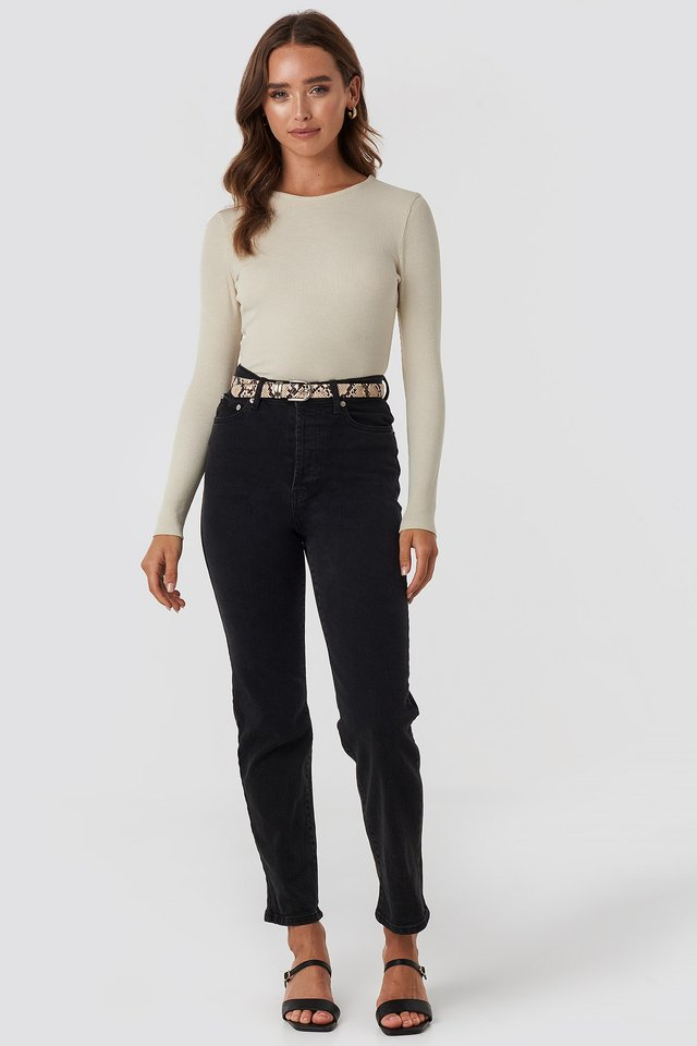 Straight High Waist Jeans Black Outfit