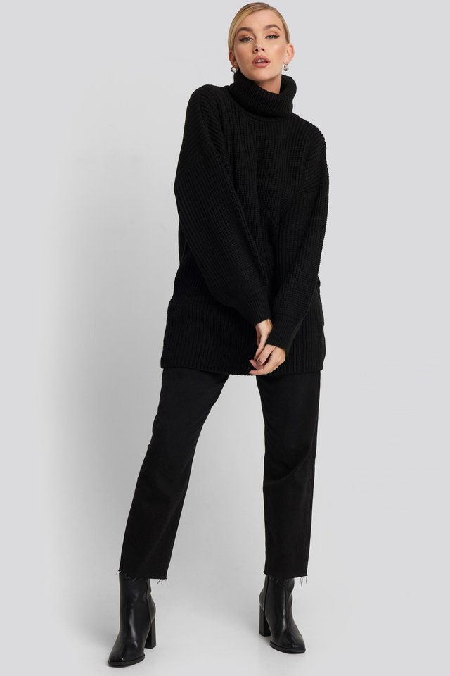 Oversized High Neck Long Knitted sweater Black Outfit.