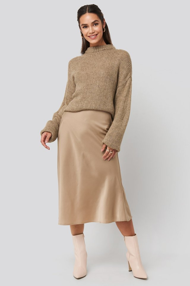 Satin Skirt Beige Outfit.