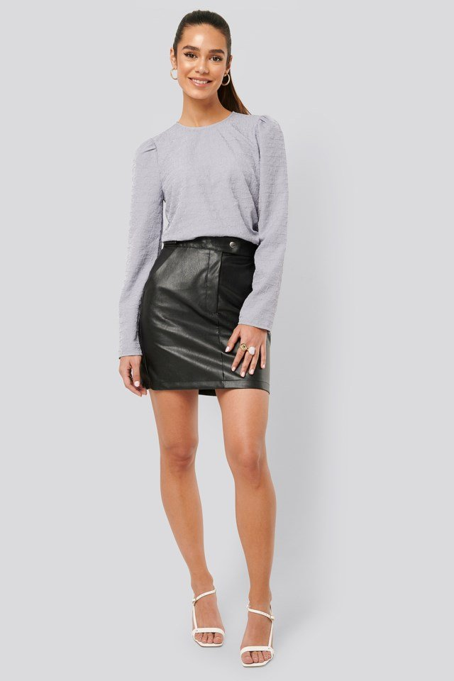 Puff Sleeve Top Outfit