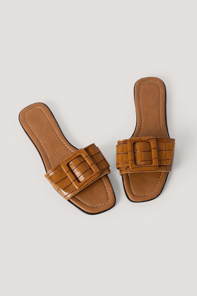 Croco Slippers Tobacco