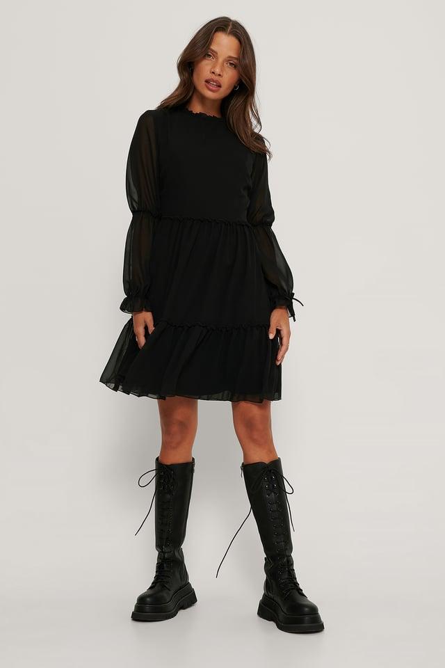 Black Robe Mini À Manches En Maille