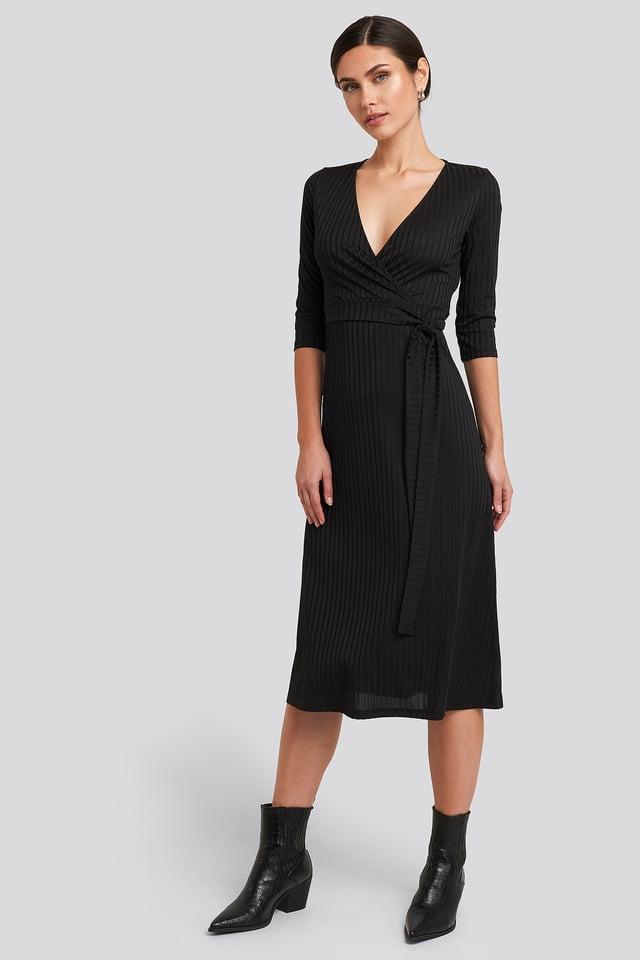 Black Overlap Detailed Midi Dress