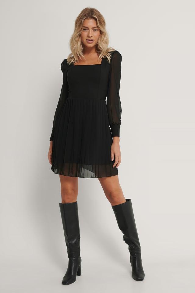 Robe Mini Plissée Black